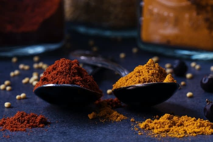 Turmeric and cinnamon - life-enhancing spices
